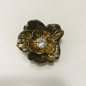 Large floral stretch ring